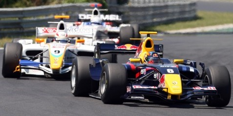 2008 - Robert Wickens - World Series by Renault - ? Red Bull - photo by GEPA pictures
