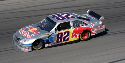 2009 - Scott Speed - Toyota - NASCAR Cup Series - © Red Bull - photo by Getty Images